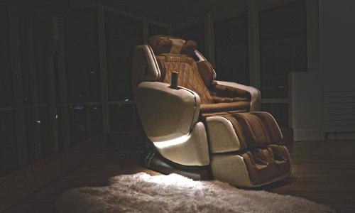 Оазис света - Массажное кресло OHCO M.8LE